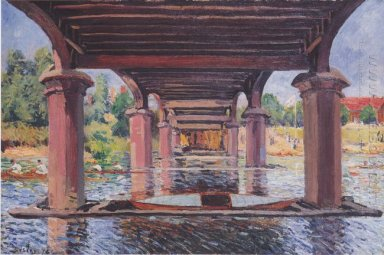 under the bridge at hampton court 1874