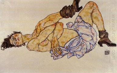 reclining female nude 1917
