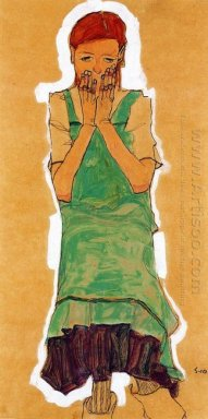 girl with green pinafore 1910