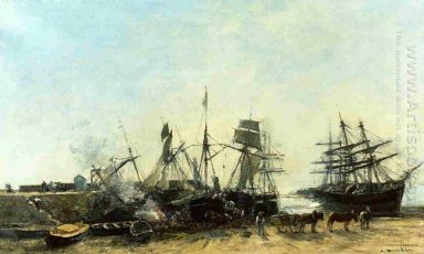 The Port Portrieux At Low Tide Unloading Fish 1873