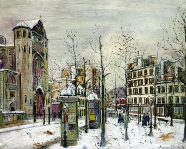 The Squre Abbesses In The Snow