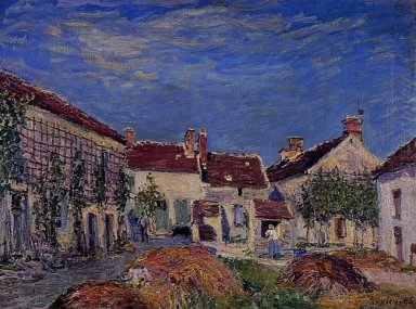 courtyard at les sablons 1885