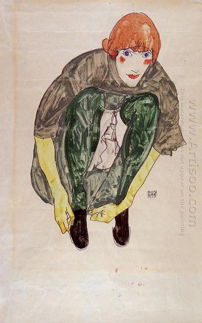 crouching figure valerie neuzil 1913
