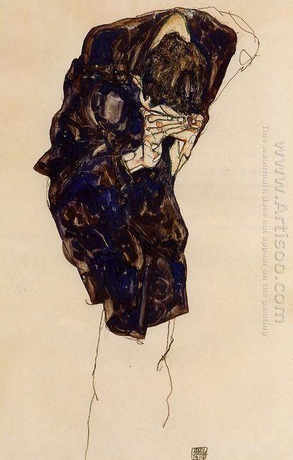man bencind down deeply 1914