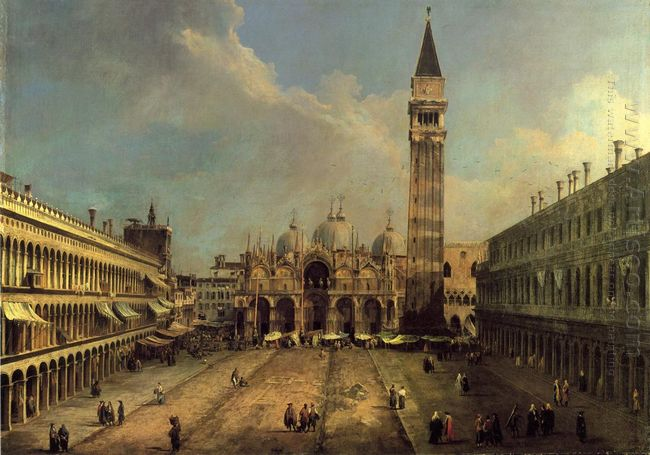 piazza san marco looking east along the central line