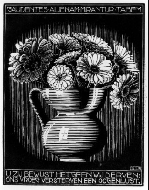 Emblemata Vase