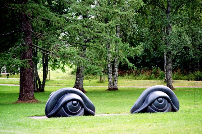 Eye Benches Ii 1997