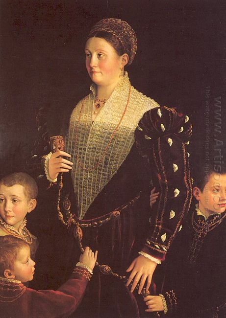 Camilla Gonzaga With Her Three Sons